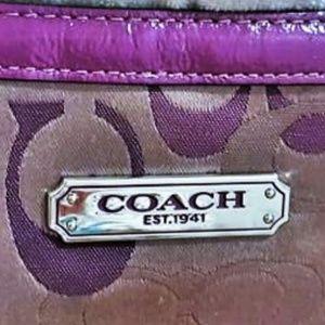 Coach Bags - Coach Gallery Optic Signature Tote